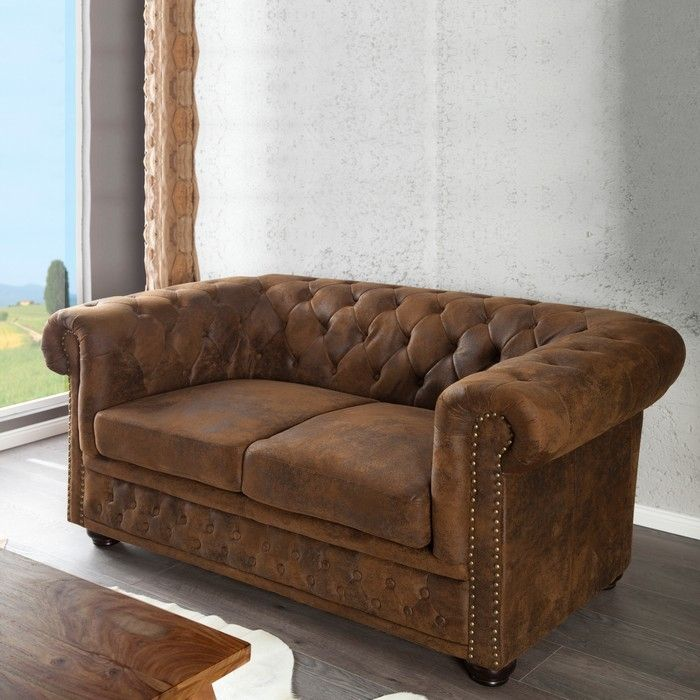 edle chesterfield 2er sofa winchester braun kunstleder chaiselounge neu ebay. Black Bedroom Furniture Sets. Home Design Ideas