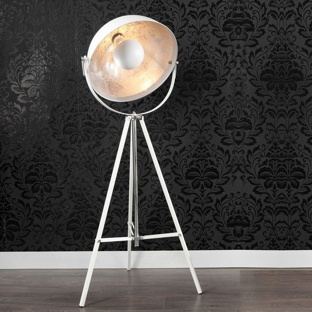 stehlampe spot wei silber 160cm h he verstellbar. Black Bedroom Furniture Sets. Home Design Ideas