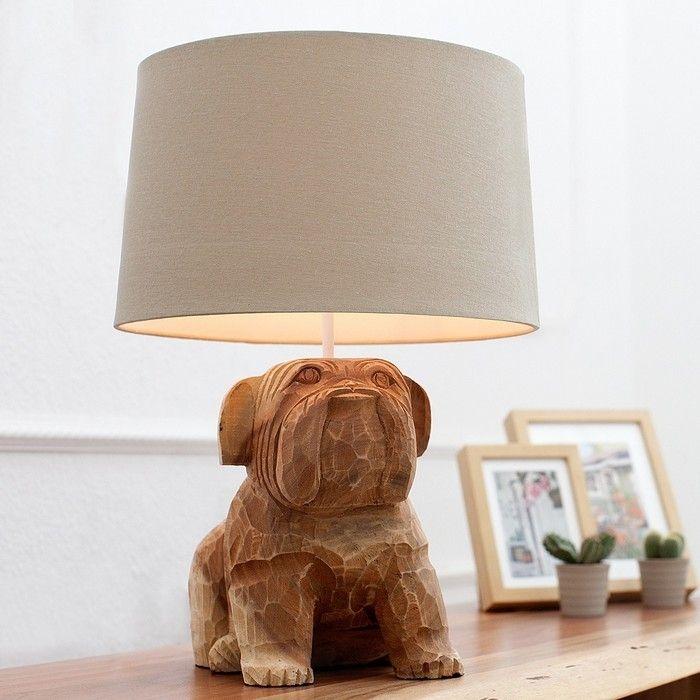 Tischleuchte 'RANDY' mit Walnussholzfuß als Bulldogge