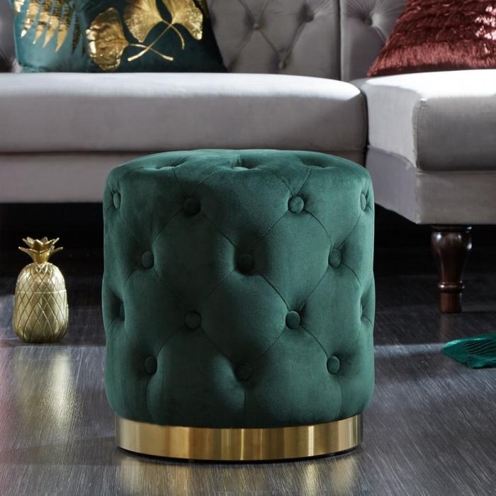 Glamouröser Samt-Hocker in Grün und Gold